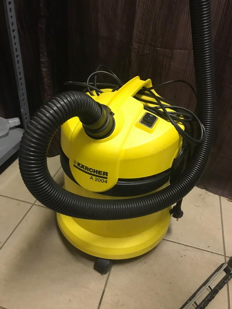 Használt Karcher A2004 száraz nedves porszívó [H3901] árak